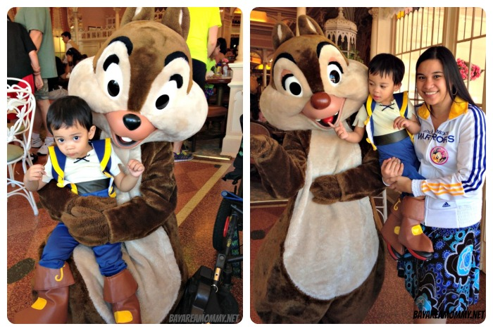 Chip & Dale - Disneyland Plaza Inn Character Breakfast